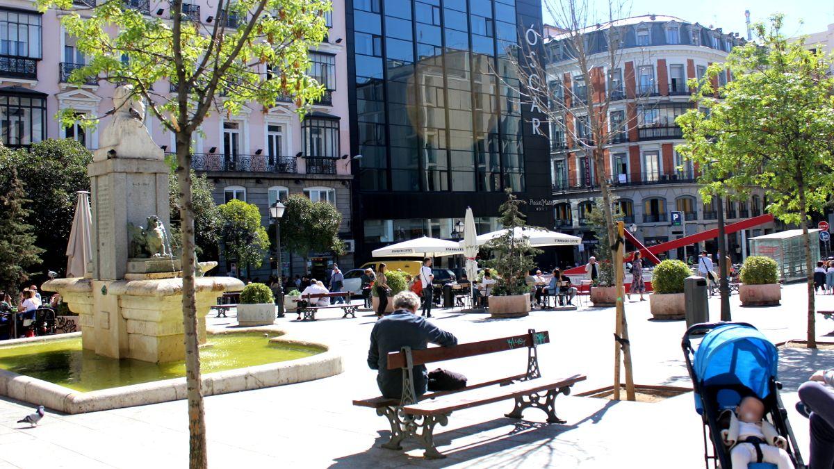 La plaza de Pedro Zerolo | SOMOS CHUECA