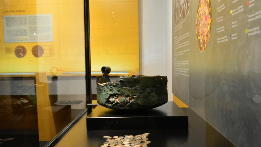 El misterio de las 11.000 monedas romanas en una olla
