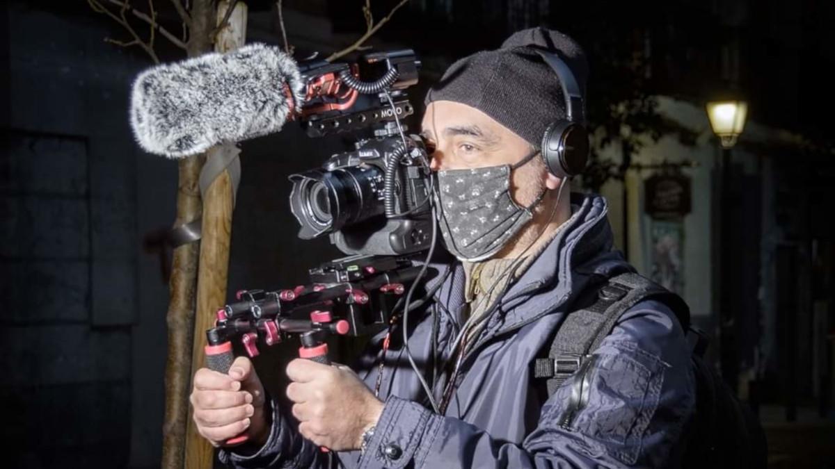 Juanjo Castro durante el rodaje de 'La fuerza de un barrio'