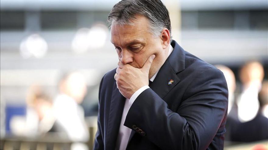 Hungría suspende de forma unilateral una normativa europea sobre refugiados