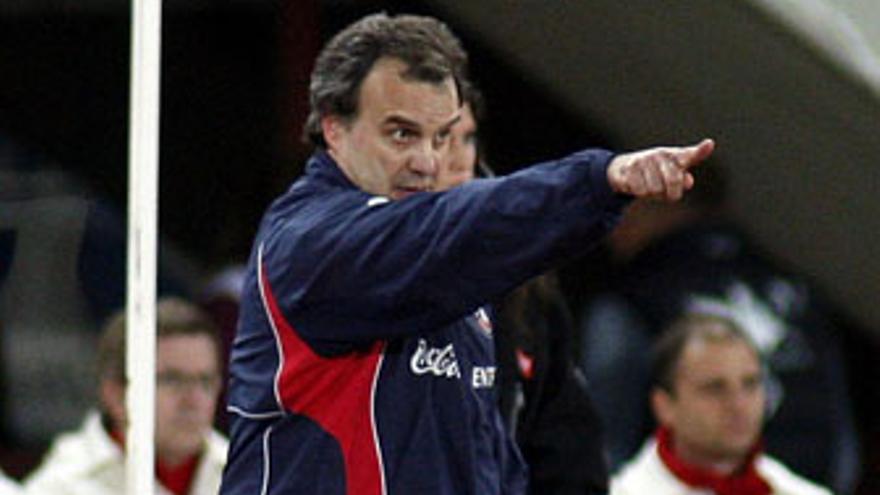 La cita de Sudáfrica, una oportunidad de revancha para Marcelo Bielsa tras fracasar con Argentina en 2002.
