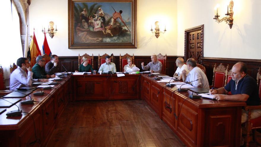 En la imagen, reunión, este jueves, del Consejo de Gerencia de La Bajada.