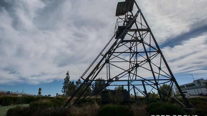 Monumento a la minería en el Guadiato  | MADERO CUBERO