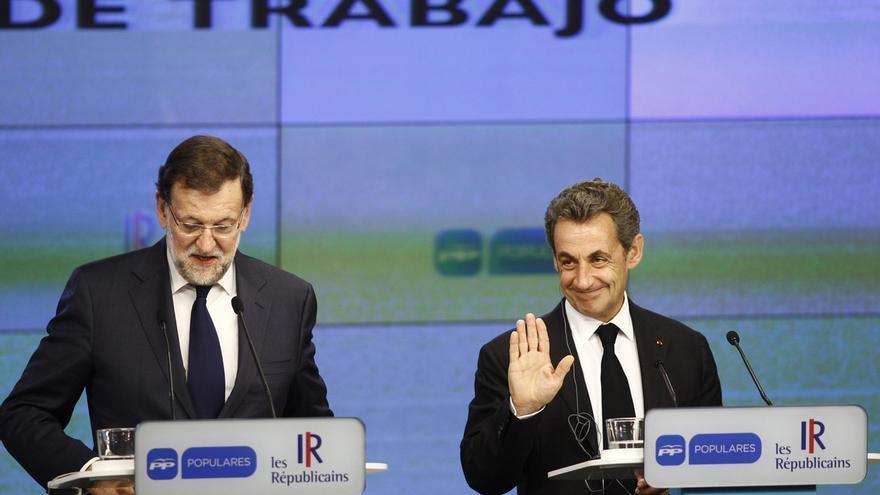 Rajoy junto a Sarkozy en la rueda de prensa