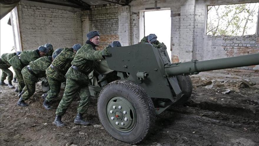 Los prorrusos de Donetsk anuncian que han completado el repliegue de armamento