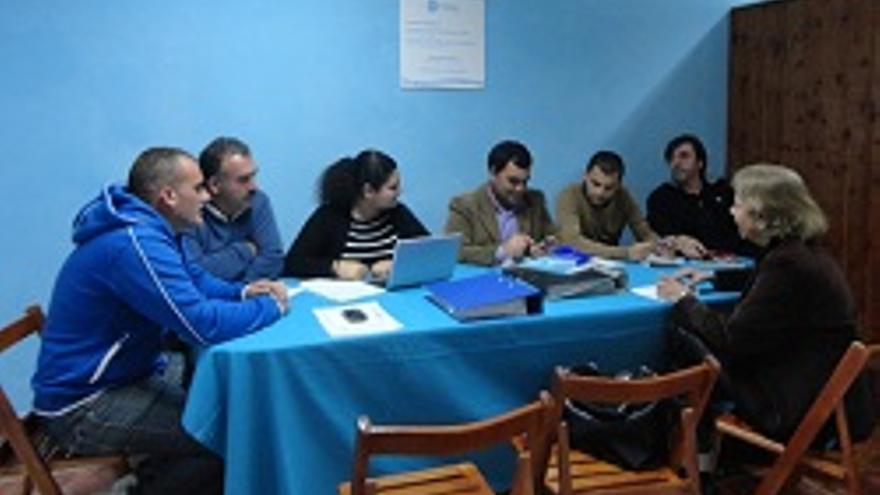 Miembros del comité local del PP en Mazo.