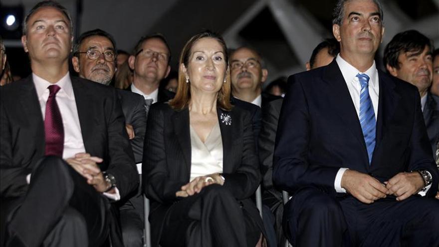Ana Pastor expresa su respeto por las decisiones de la Comunidades Autónomas