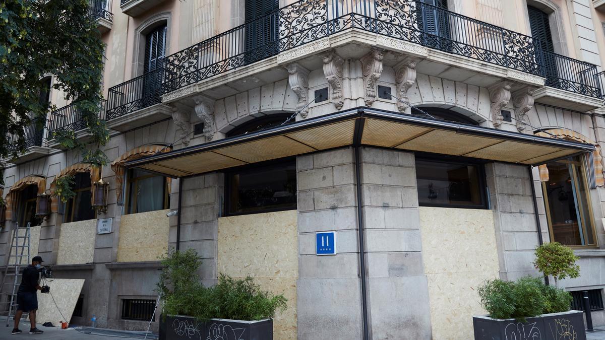Imagen de archivo de un hotel cerrado en Barcelona.