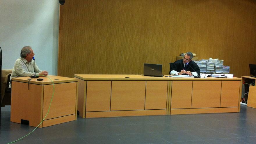 Francisco Gordillo, antiguo asesor de la exconcejal de Telde y el fiscal Luis Del Río.