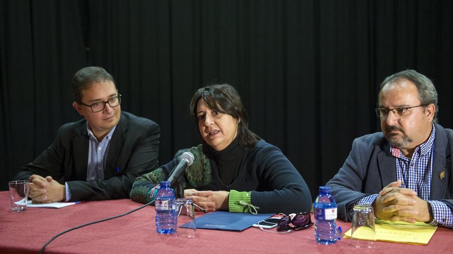 Imatge de la intervenció de Rosa Pérez Garijo en un acte a Castelló de Rugat