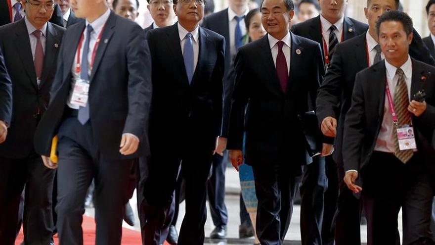 ASEAN y China refuerzan sus lazos económicos pese a las disputas territoriales