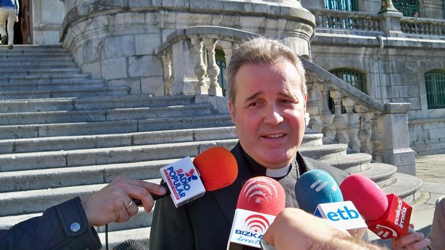"""Obispo de Bilbao dice que el """"nuevo panorama"""" abierto tras las elecciones """"requiere de una política con mayúsculas"""""""