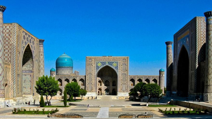 Plaza del Registán, una de las imágenes paragigmáticas de la ciudad de Samarcanda.