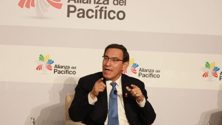 The disapproval to the president of Peru rises after the license to the mining company Southern