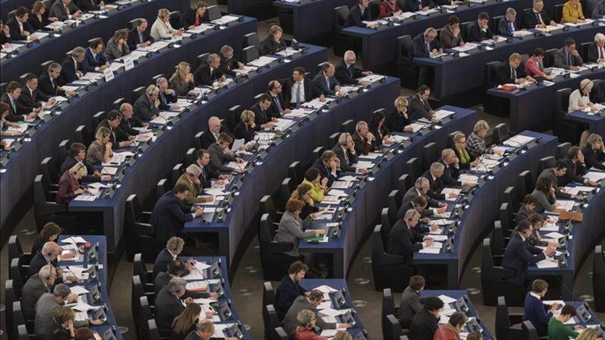 La Eurocámara da luz verde a la nueva directiva contra el blanqueo