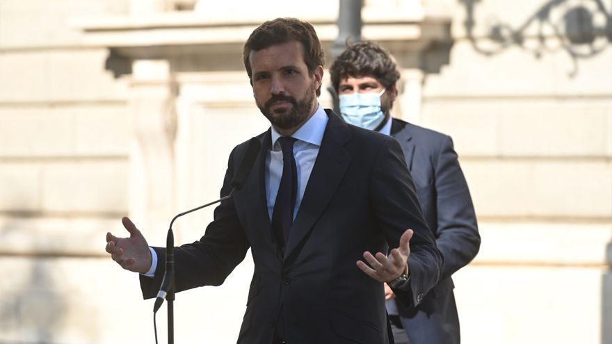 """Pablo Casado: """"Los sanitarios además de aplausos quieren protección"""""""