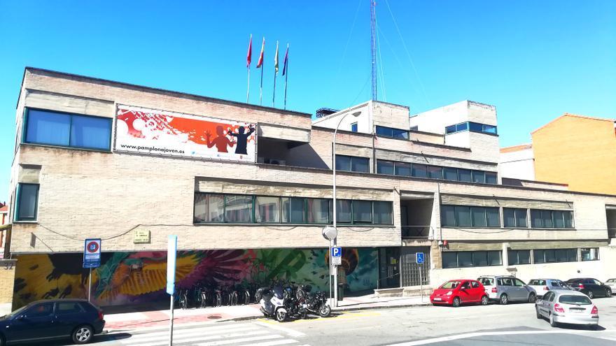 Archivo - Fachada de la Casa de la Juventud de Pamplona