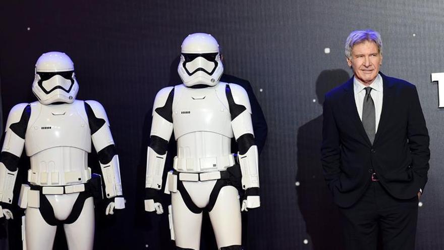 "Harrison Ford: ""Carrie Fisher era única, brillante y original"""