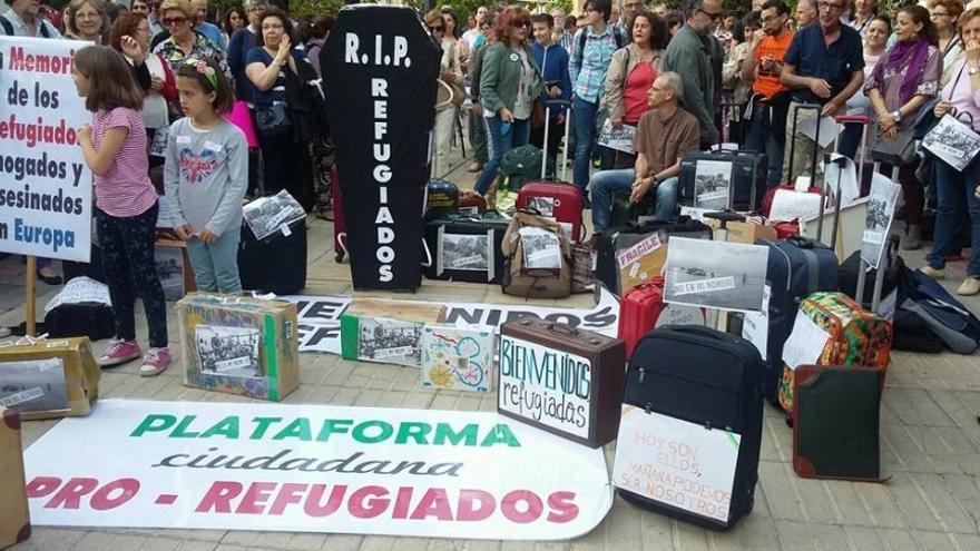 Más de 50 asociaciones, colectivos y plataformas de la ciudad de Badajoz apoyaron esta iniciativa / Refugiados Extremadura