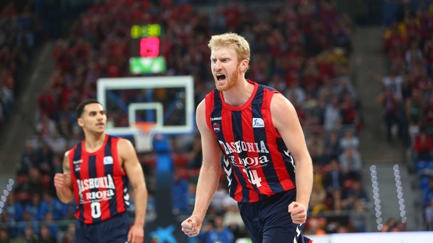 El Baskonia, el primer semifinalista de la Copa del Rey tras eliminar en el Buesa Arena al Iberostar Tenerife por 91-80