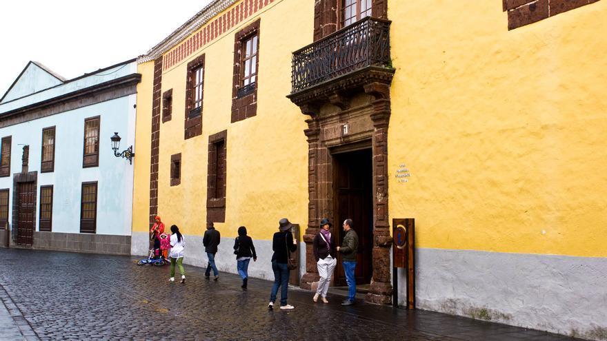 Fachada de la Casa Alvarado Bracamonte. una de las joyas arquitectónicas de La Laguna. VIAJAR AHORA