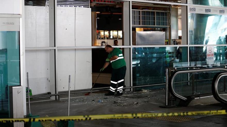 Sube a 37 el número de detenidos por el atentado en el aeropuerto de Estambul