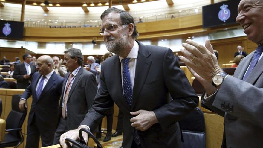 Rajoy dice que sus prioridades han sido las pensiones y el desempleo