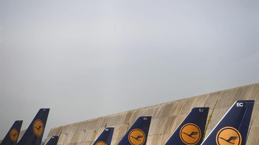 Lufthansa y el aeropuerto de Fráncfort firman acuerdo sobre recorte de costes