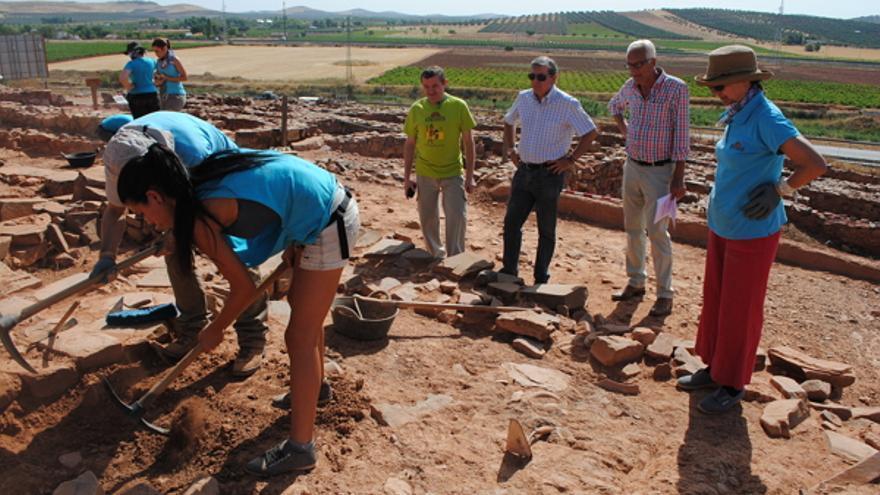 Trabajos arqueológicos en Cerro de las Cabezas / Foto: Ayuntamiento Valdepeñas