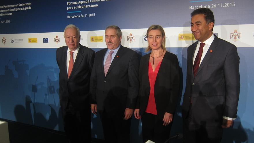 """Mogherini afirma que la respuesta debe ser """"ante todo"""" diplomática y política"""