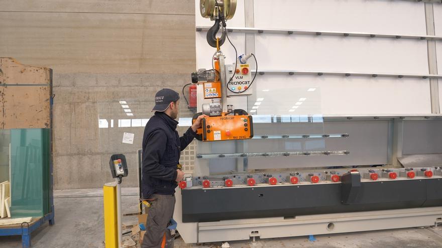 La Agencia IDEA incentiva con 690.000 euros a Cristalería Encinas para una fábrica de templado de vidrio