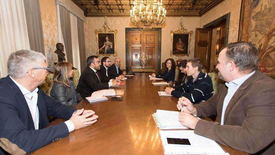 El Gobierno foral crea un grupo interdepartamental para estudiar cambios en la normativa del juego en Navarra