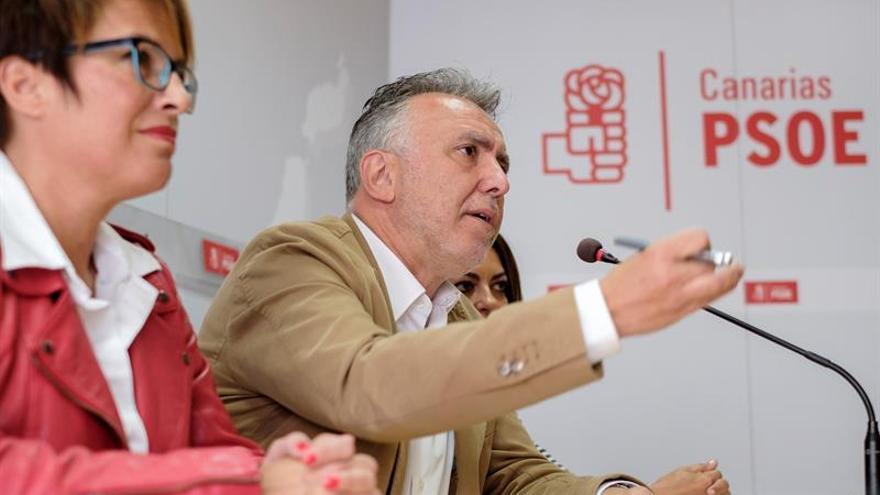 El secretario general del PSOE Canarias y candidato a la Presidencia del Gobierno de Canarias, Ángel Víctor Torres.