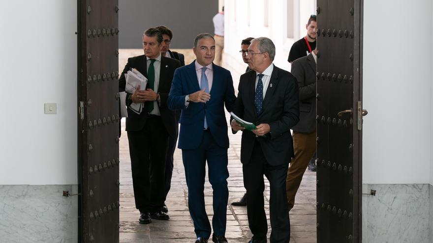 Junta incentivará la contratación de parados por el Brexit y aprueba un fondo de apoyo a Campo de Gibraltar