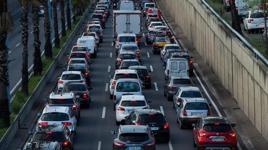 Los pedidos de coches caen entre un 25% y un 30% en Cataluña por la crisis política
