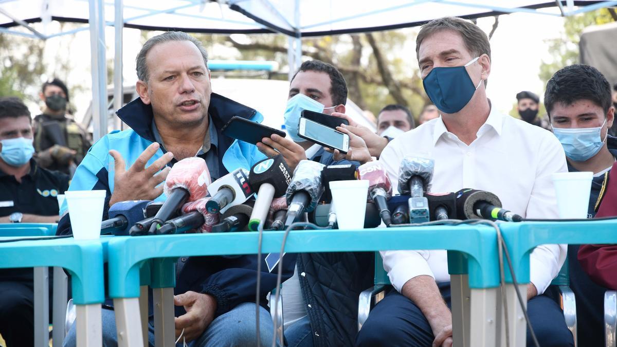 Sergio Berni, ministro de Seguridad de Provincia, y su par de Ciudad, Diego Santilli, en conferencia de prensa este jueves 18 de marzo de 2021.