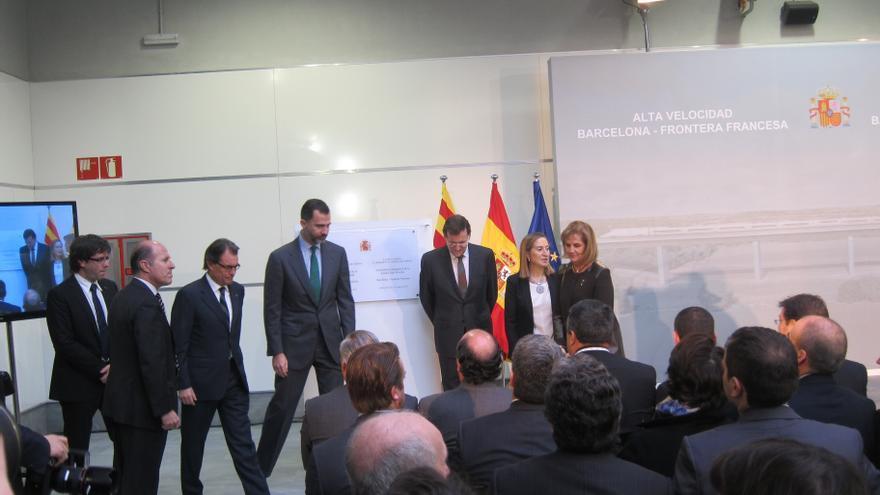"""Rajoy utiliza el tren como metáfora de las """"vías de entendimiento y de la unión entre territorios"""