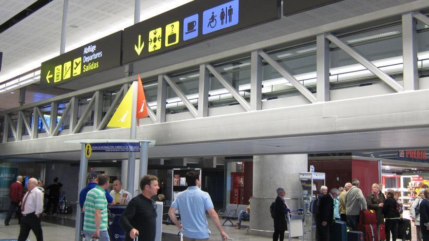 (Ampliación) Los precios del transporte aéreo regular crecieron un 4,3% en el segundo trimestre