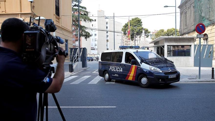 En libertad tres de los seis detenidos en la Diputación de Valencia