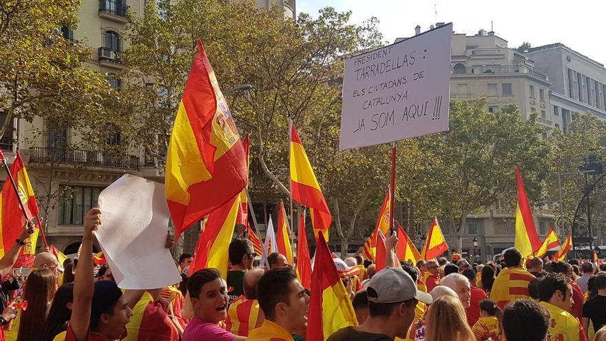 Cartel de la marcha parafraseando a Tarradellas
