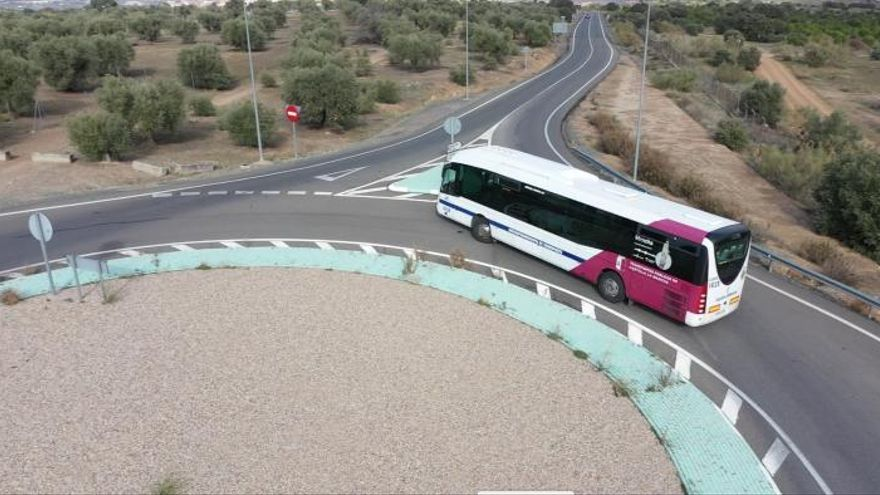 El servicio Astra de autobuses se recuperará al 95% el 15 de julio y  el 'Ciudad Directo' al 100% al comenzar el curso escolar
