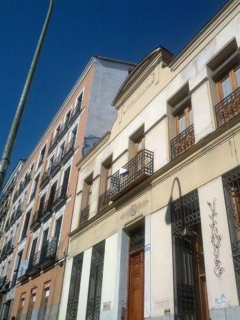 Aspecto actual de la fachada del edificio 1 Antonio Pérez