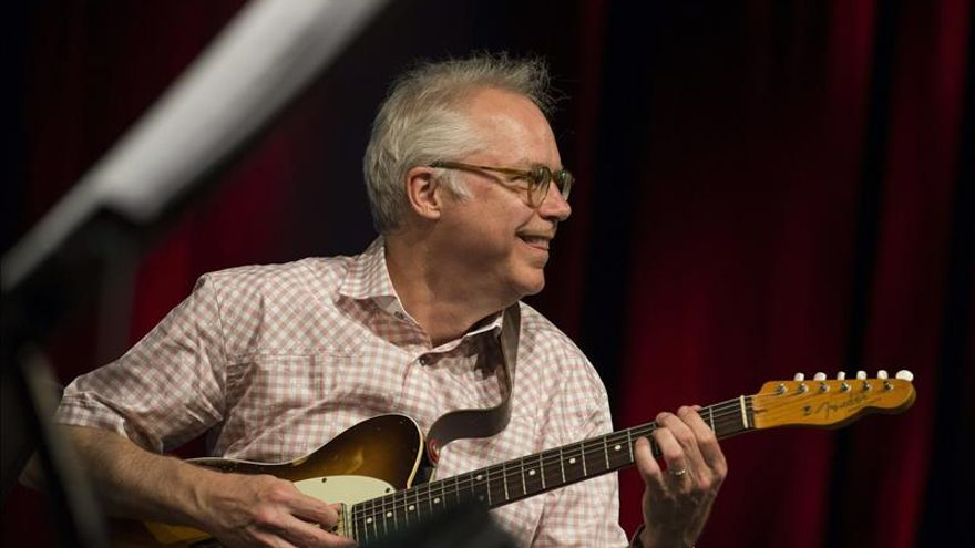 La eterna sonrisa de Bill Frisell llega al Festival de la Guitarra de Córdoba
