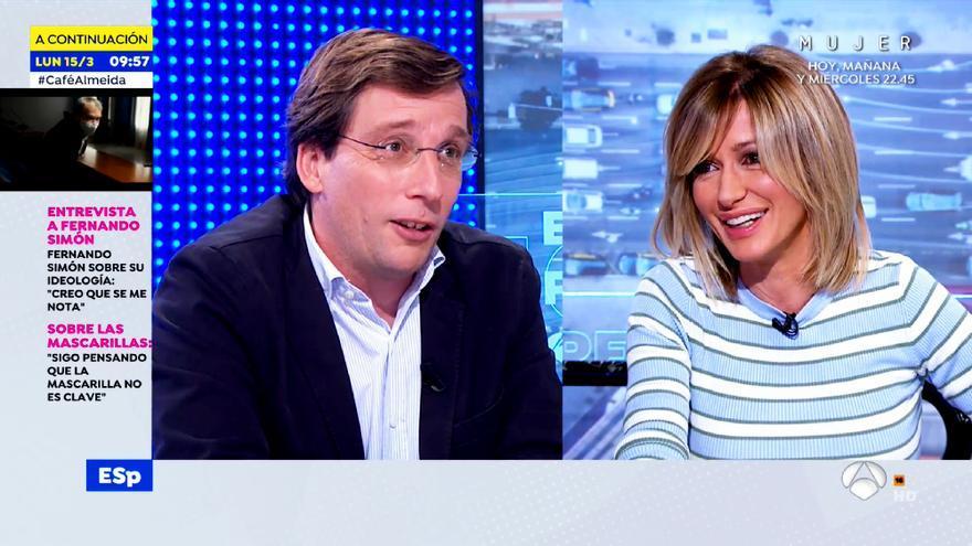 Martínez-Almeida y Susanna Griso en 'Espejo Público'