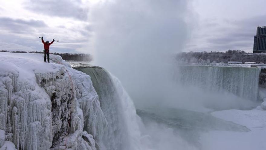 Will Gad, Red Bull, Cataratas del Niagara