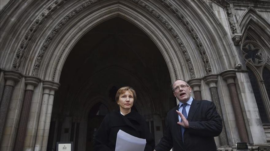 """Marina Litvinenko, """"satisfecha"""" de que la Justicia británica implique a Putin"""