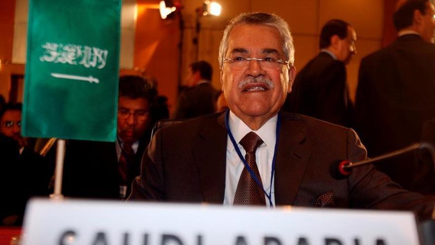 Arabia Saudí aprueba un ambicioso plan para reducir su dependencia del crudo