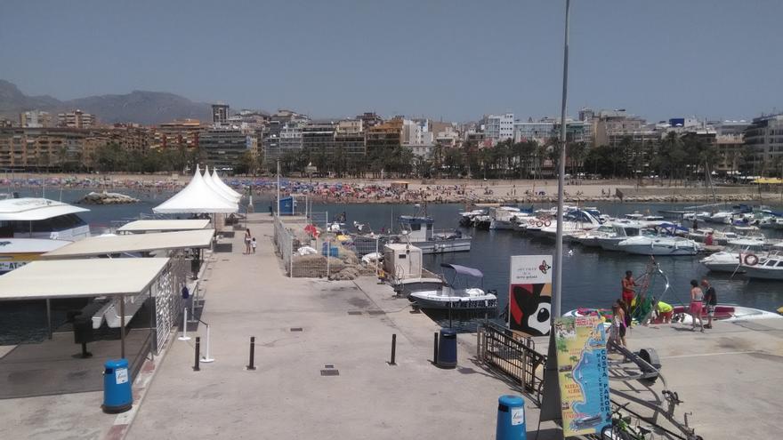 Puerto deportivo de Benidorm, con los amarres y las casetas por las que se han pagado cantidades millonarias.