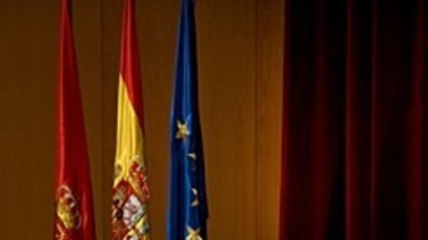 Sus Altezas Reales Los Príncipes De Asturias Y De Viana.