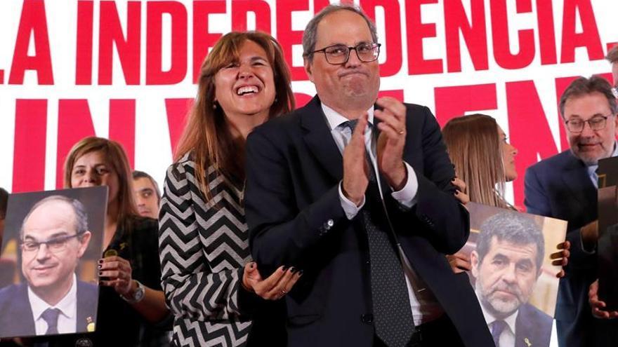 Laura Borràs celebra junto al president Torra la mejora de sus resultados el 10N